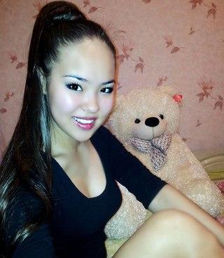 казахстанские голые красивые девушки