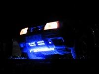 Подсветка днища автомобиля неоном.