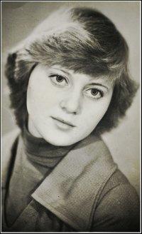 Елизавета Аханова, Кострома