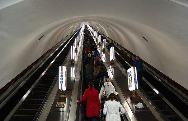 """Результат пошуку зображень за запитом """"Найглибша у світі Станція метро"""""""