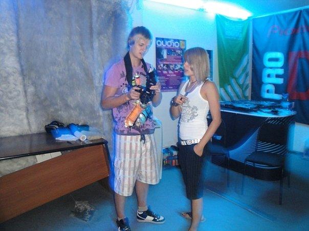 http://cs9429.vkontakte.ru/u15010535/104627844/x_04348881.jpg