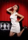 оптом Элегантное вечернее платье белого.