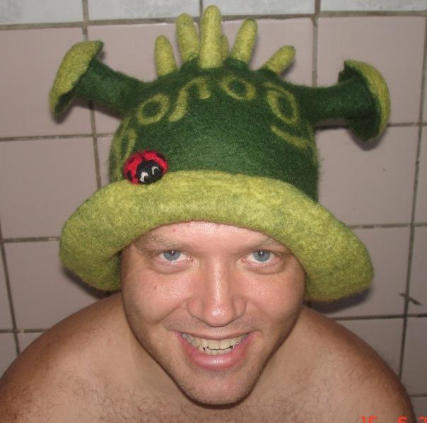 Если Вам нравятся мои банные шапочки, голосуйте за мои шапочки! буду...
