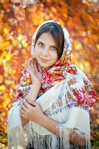 Русские девушки фото в платке