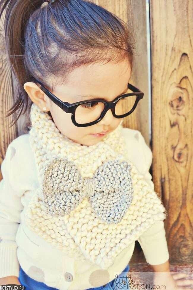 Вяжем детям стильные вещи вязать просто видео