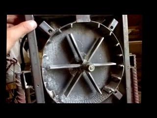 Зернодробилка из электродвигателя своими руками