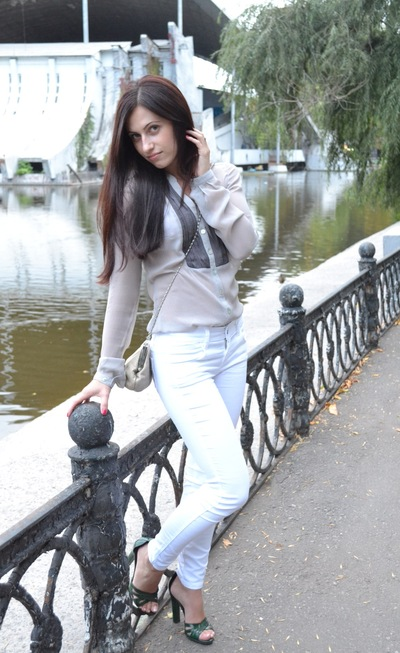 Лилия Братута, 9 августа 1989, Днепропетровск, id4500078