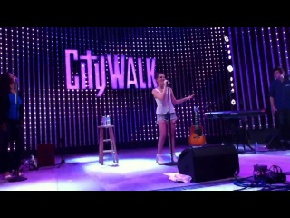 Carly Rose Sonenclar - Runaway Baby (Live Citywalk)