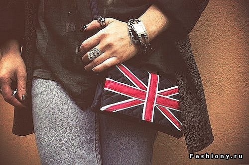ЕщС' одна любовь ванилек, это британский флаг.Он может расположится.