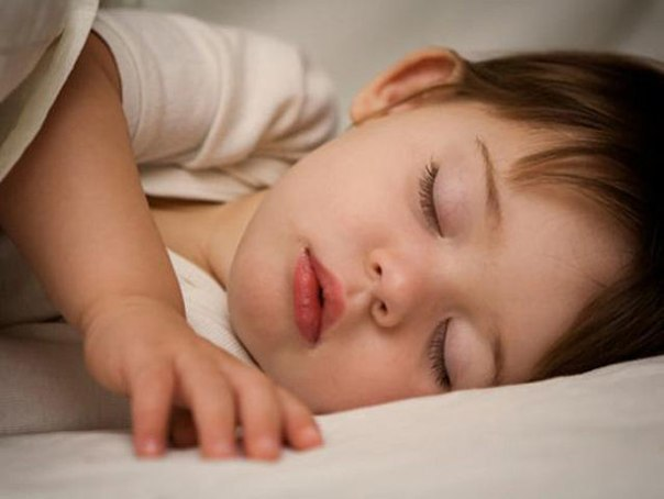 Если замерзнув ночью, вместо того чтоб натянуть на себя одеяло, ты идешь и проверяешь не замерзло ли твое чудо… ТЫ — МАМА!