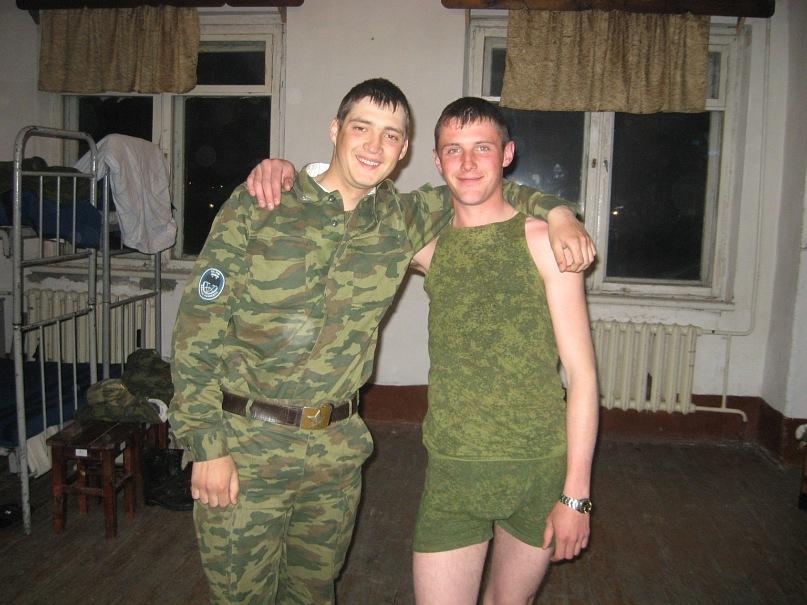 Секс солдат в казарме 12 фотография