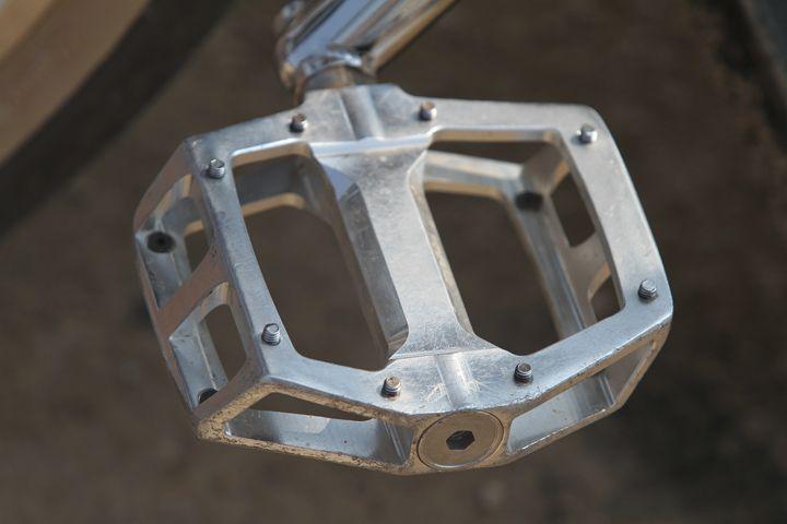 pedals bmx