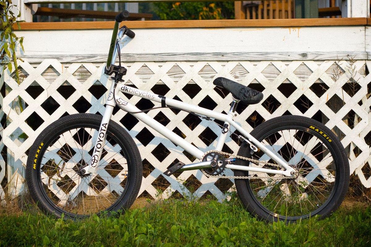 Drew Bezanson bikecheck