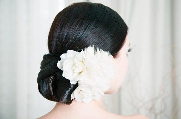 Anna Luv Store цветы в свадебной причске
