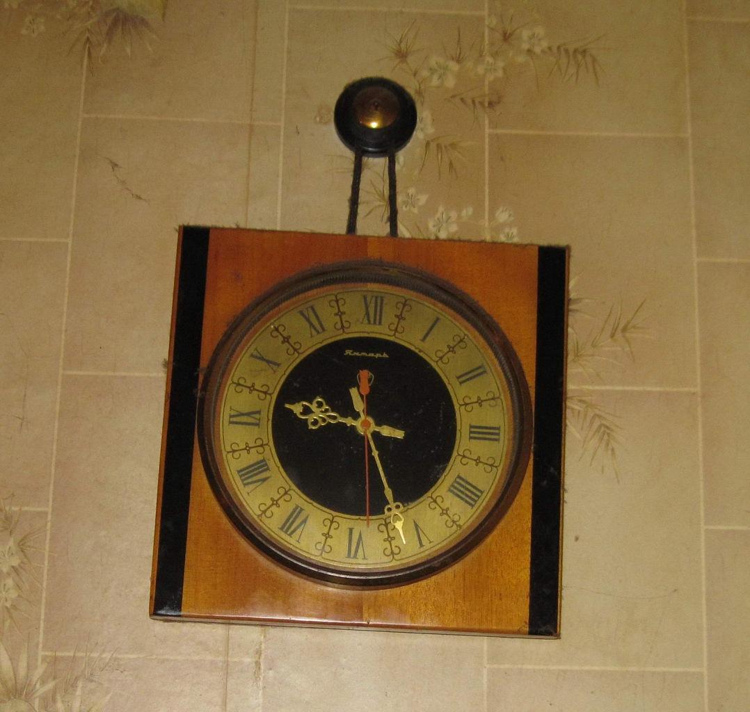 Ремонт настенных часов маяк 167