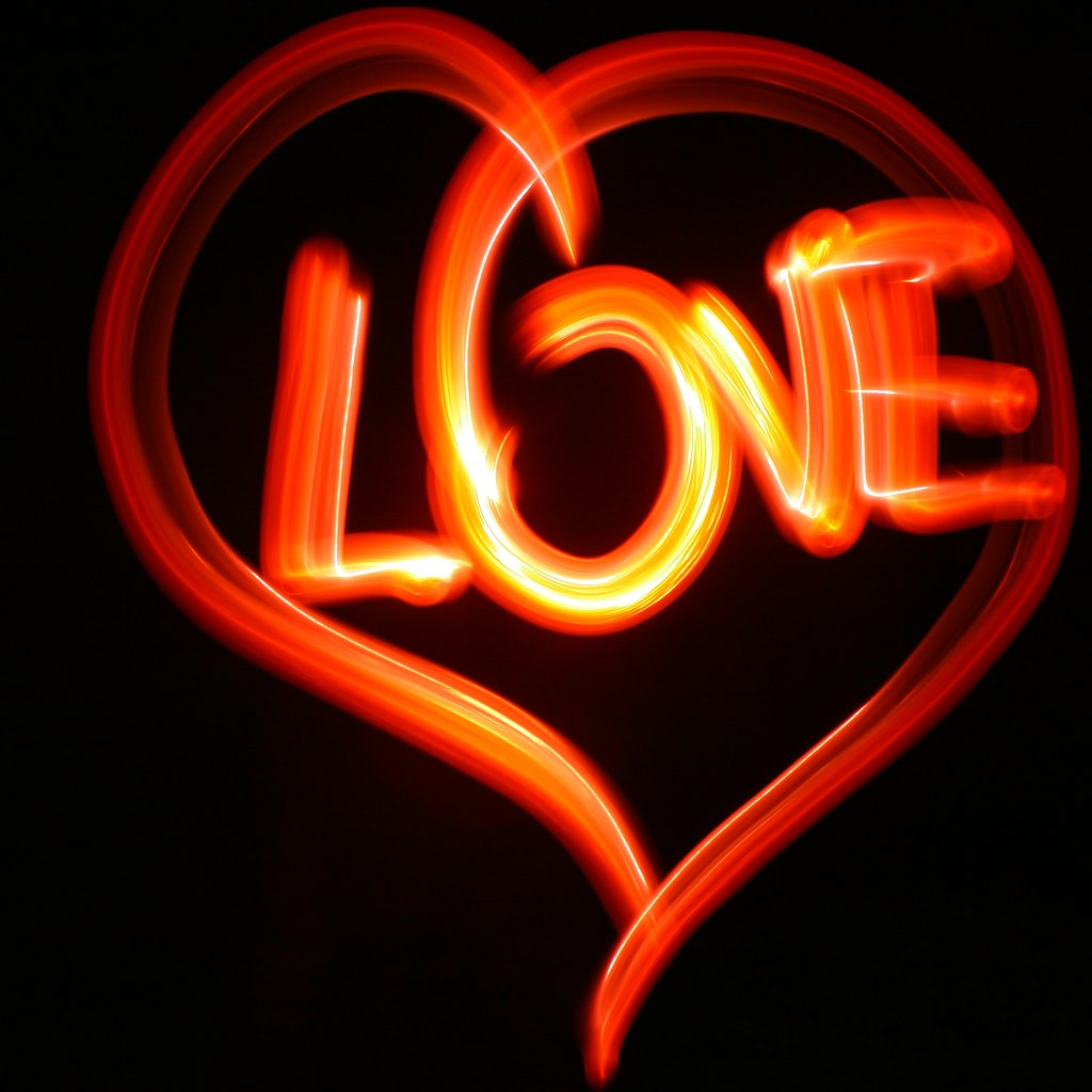 light graffiti love