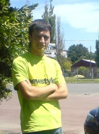 Юра Резник, 6 мая 1990, id49841150