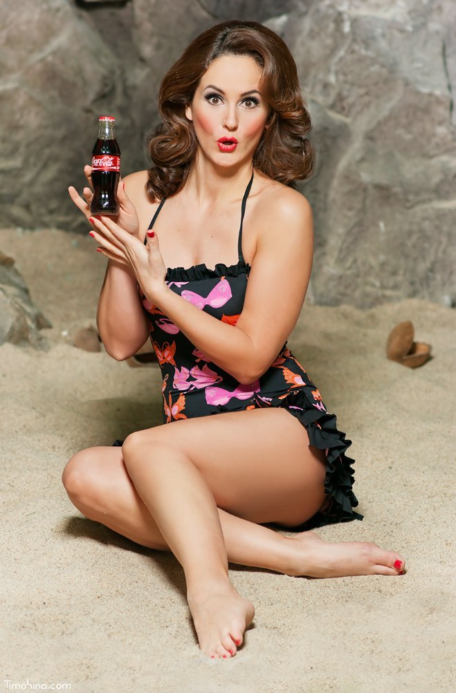 Friday pin-up pic!