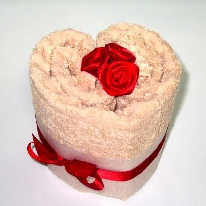 Идеи оформления подарка. Полотенце в подарок!