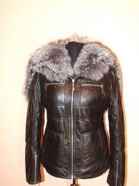 зимние женские кожаные куртки с чернобуркой.
