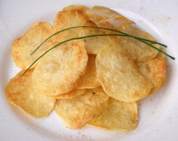 Как сделать чипсы в микроволновке с солью