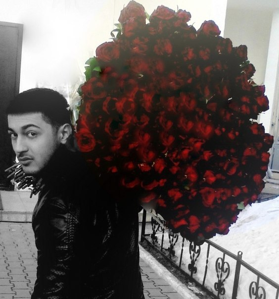 Фото кавказские парни с цветами