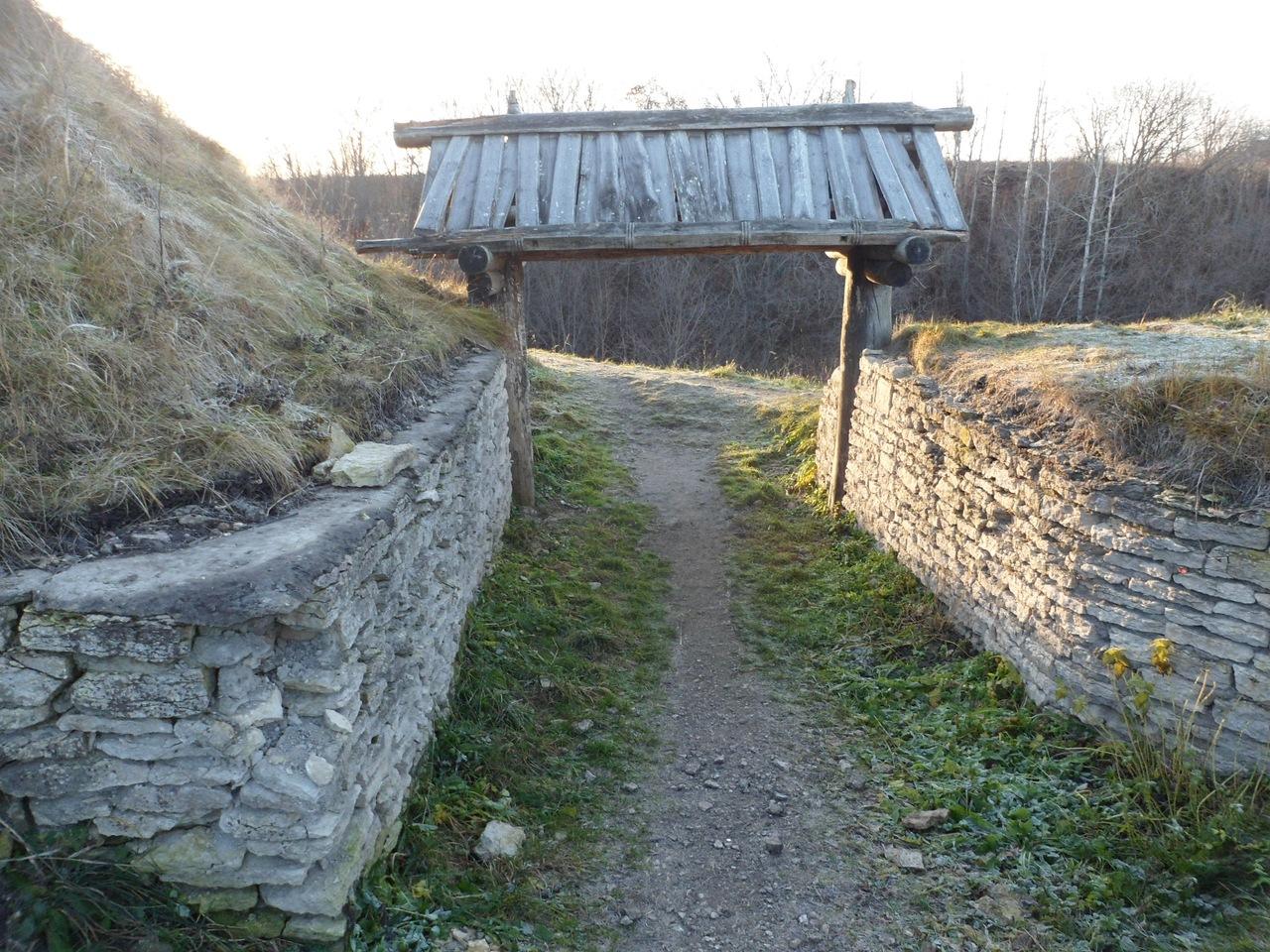 Труворово Городище в Изборске - одно из самых древних русских поселений
