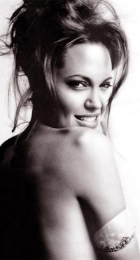 Анжелина Джоли, 6 октября 1992, Терновка, id86318793