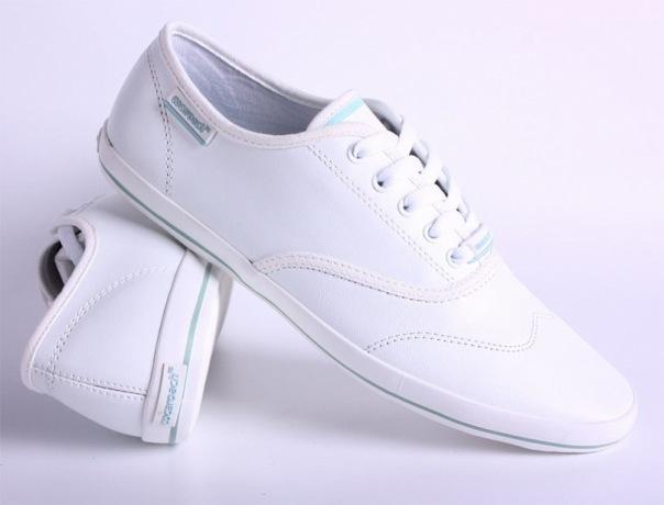 letnie krossovki makasiny cocaroach muzhskaja obuv.