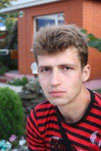 Антон Симонов