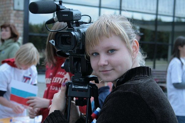 """Мария Шпакова, корреспондент, оператор, ведущая рубрики """"Модный проект"""""""