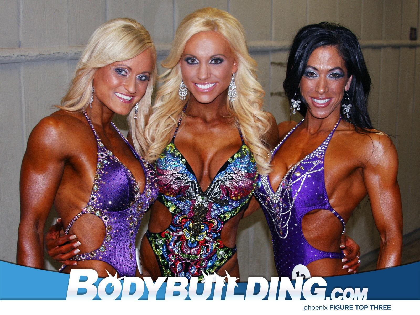 Фото девушек в спортивных купальниках на спортивных шоу 5 фотография