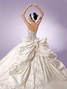 Свадебные платья с бантом, фото.