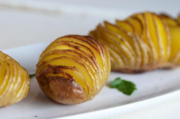 Запеченная картошка.