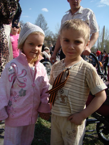 http://cs9759.vkontakte.ru/u4606417/134294510/x_21075c27.jpg