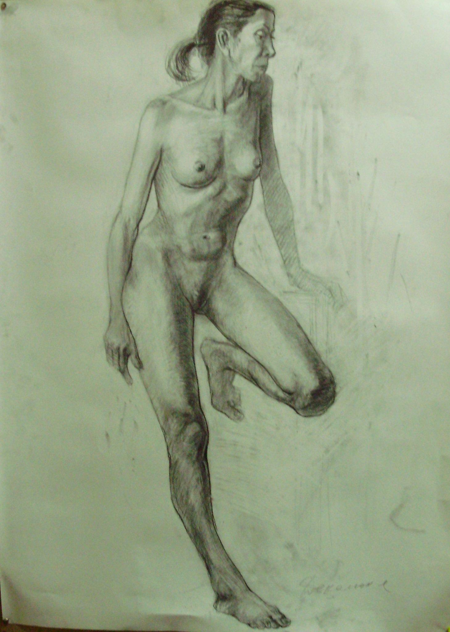 Художник рисует голую натурщицу 7 фотография