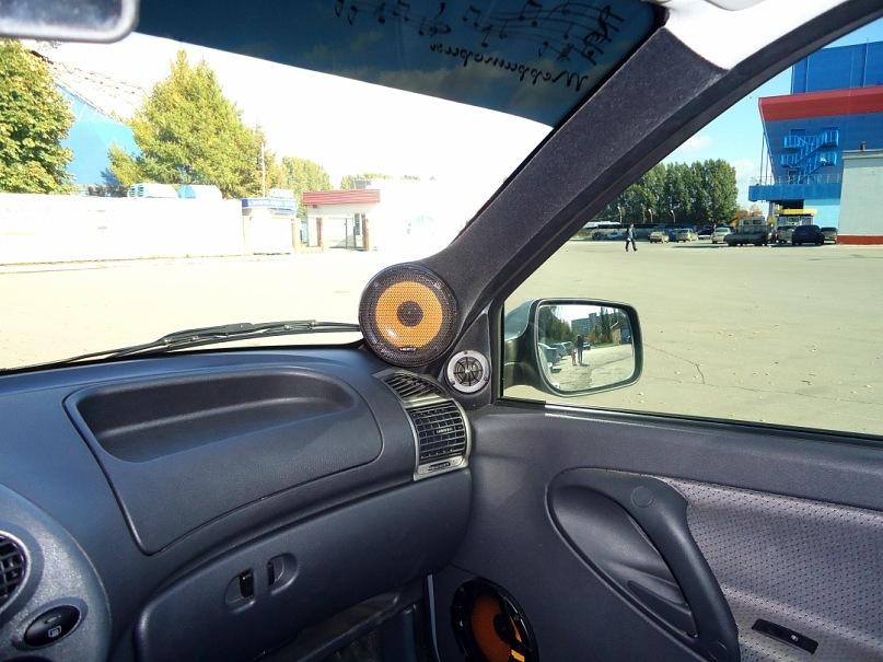 Подиумы в авто  фото