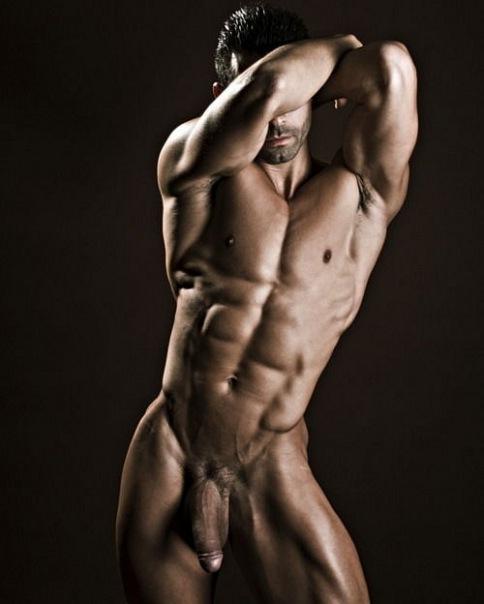 картинки голых мужчин накаченных