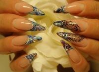 Немало женщин отдают предпочтение острой форме ногтей.  Однако...  Женщины, следящие за собой, большое значение...