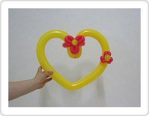 Сердечки из длинных шариков своими руками