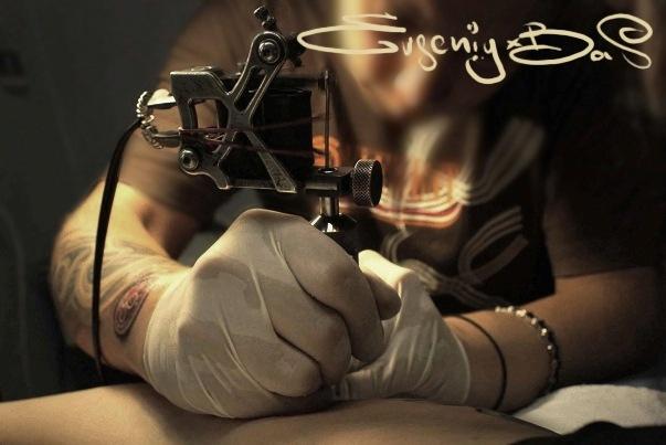 EVGENIY X BAS - автопортрет (видео)