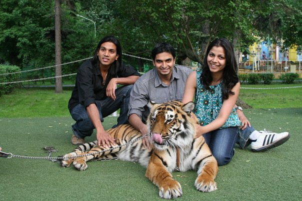 Varun Patel: Shakira with 3 Idiots