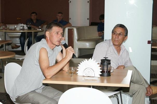 Кандидат исторических наук, политолог Олег Сорокин и директор строительной фирмы Хафиз Магдеев