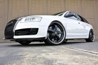 Фотографии автомобиля Audi RS6.