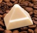 Белый шоколад придумали для того, чтобы дети негров тоже могли испачкаться!))))