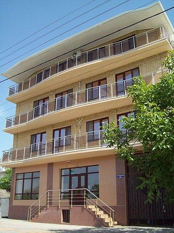 Город Анапа: Гостиница Легенда - 4х местный люкс.
