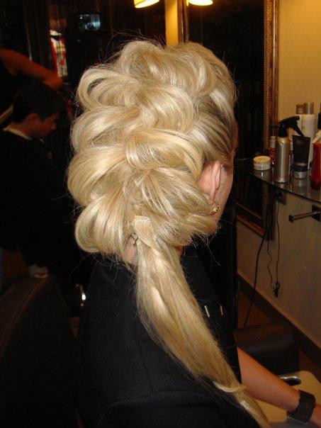 объемные прически с плетением для тонких жидких волос фото