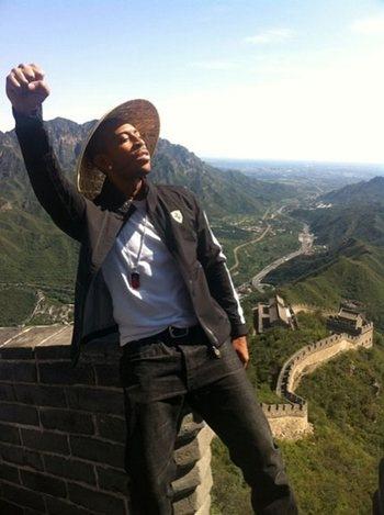 Ludacris взобрался на Великую Китайскую Стену