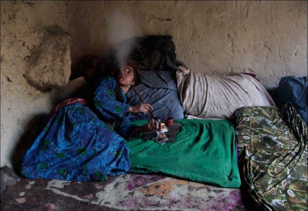 Афганистан: Сараб - деревня наркоманов