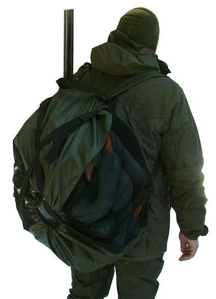 """Изготовлено из легкой, прочной и непромокаемой ткани  """"Оксфорд - 600..."""